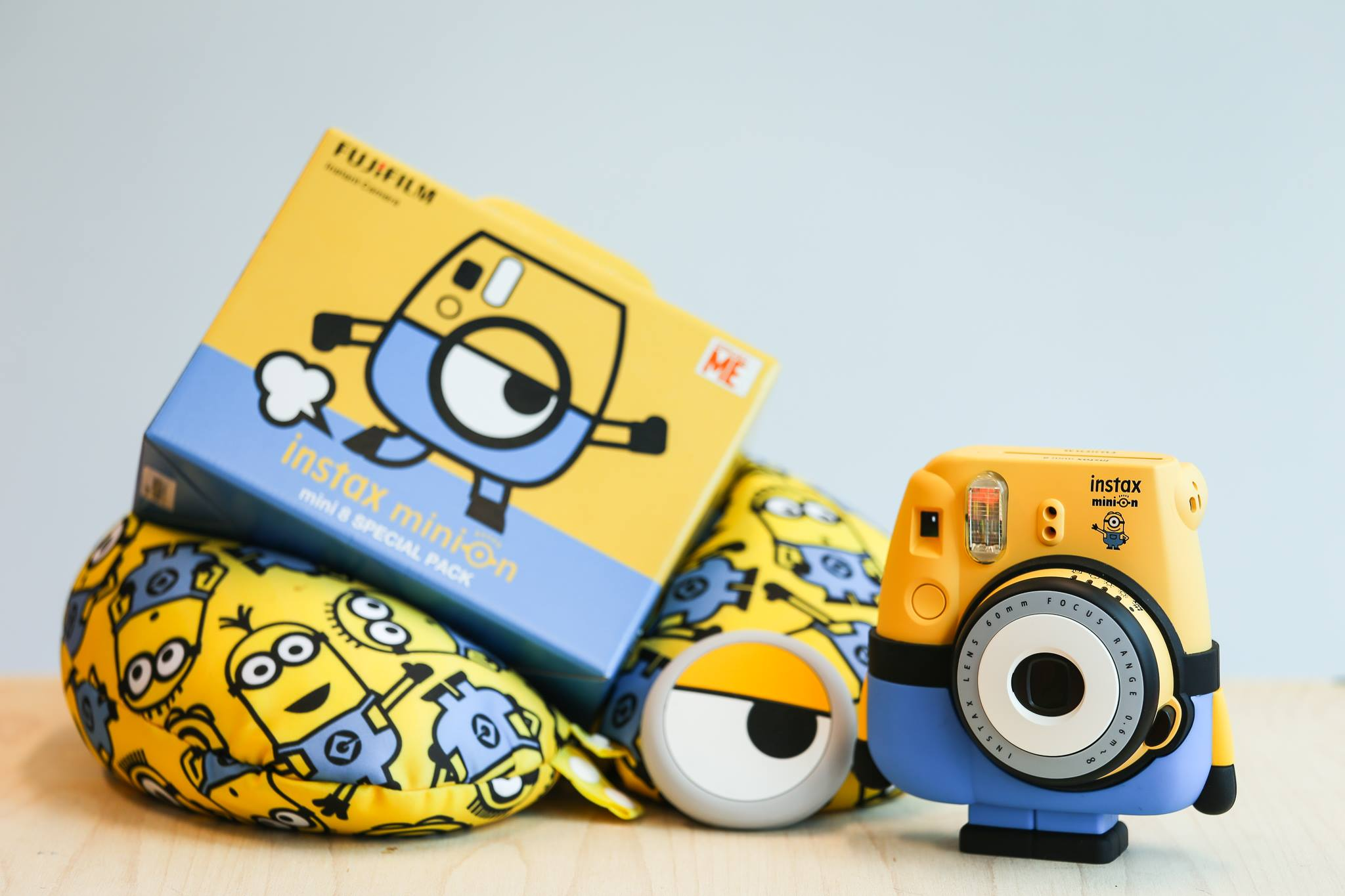 Minion Camera Case : Instant photo cameras instant polaroid photo cameras polaroid